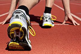 HIC1000クリアのクッション性で膝や腰への負担や転倒による怪我を軽減。